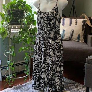 LOFT Petite Midi Dress w/pockets XSP